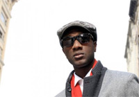 "Aloe Blacc (""I need a dollar"")"